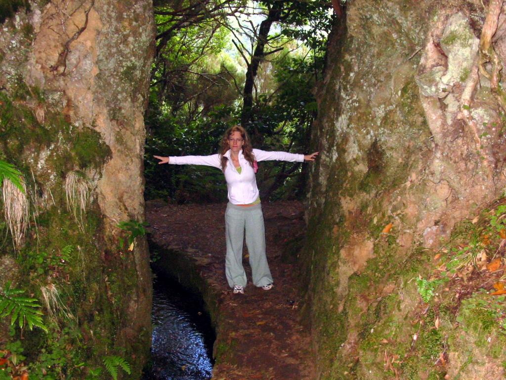Hacer una levada en Madeira