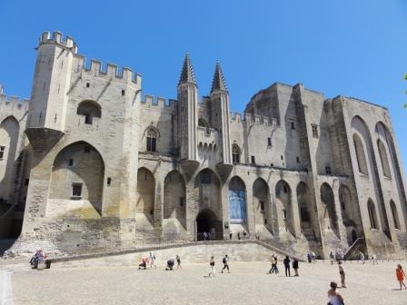 Palais_des_papes_d_Avignon