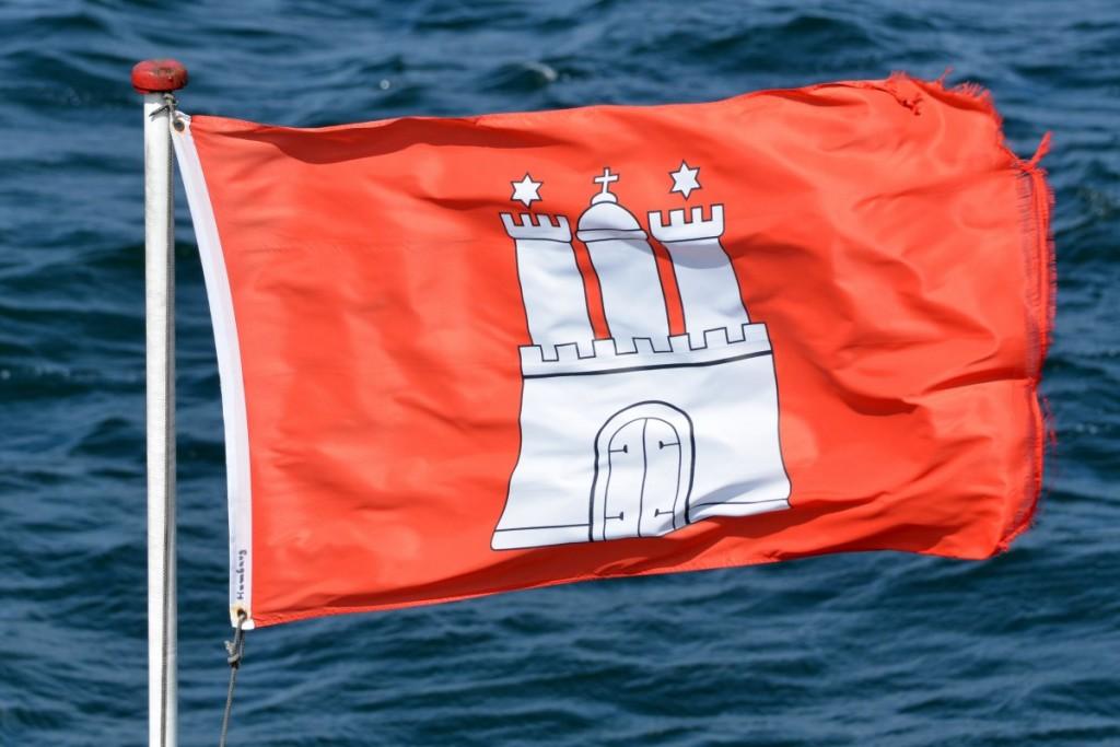 hamburg_flag_hamburger_symbols_characters_windy_regions_port-648437