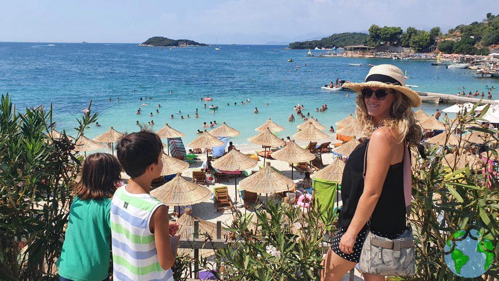Playas de Albania con niños